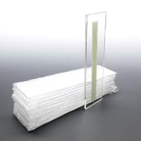 FEM U (5,5x10,5 cm ) dikey bantlı pleksi föylük..